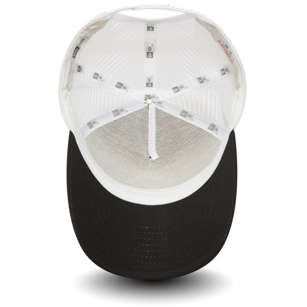 48091fb24a4 ... New Era New York Yankees Clean A Frame Trucker - 11588491 Click to zoom  ...